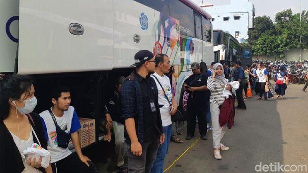 512 Orang Mudik Bareng Transmedia ke Berbagai Kota di Jawa