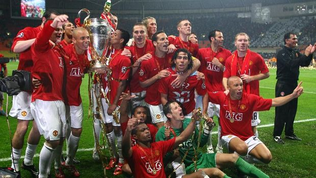 MU juara Liga Champions dan Liga Inggris 2007/2008.