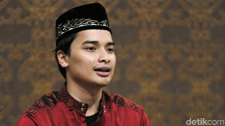 Alvin Faiz Yakin Nikah di Usia 17 Tahun karena Amanah Mendiang Arifin Ilham Foto: Asep Syaifullah/detikHOT
