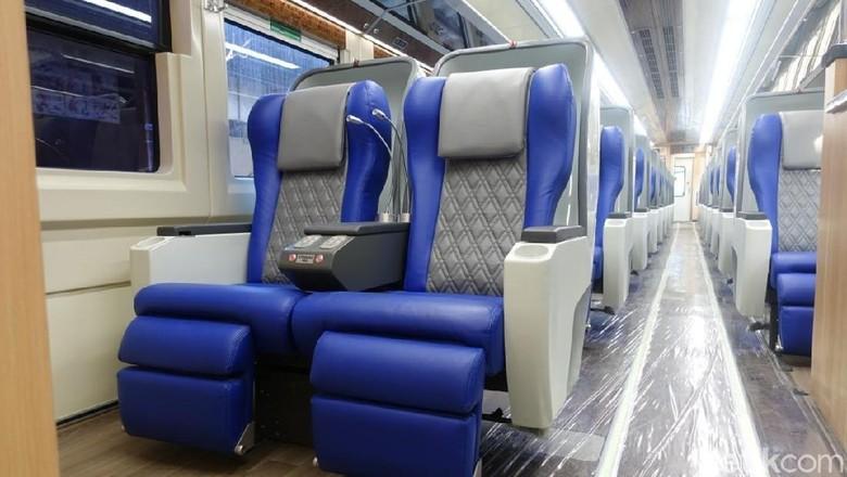 Jelang Lebaran, PT KAI Daop 8 Surabaya meluncurkan gerbong kereta sleeper jenis baru. Yakni dengan nama Luxury Generasi 2 di KA Gajayana tujuan Malang-Jakarta.