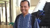 Kisah Inspiratif Marbot Keliling Pembersih Masjid Tanpa Dibayar