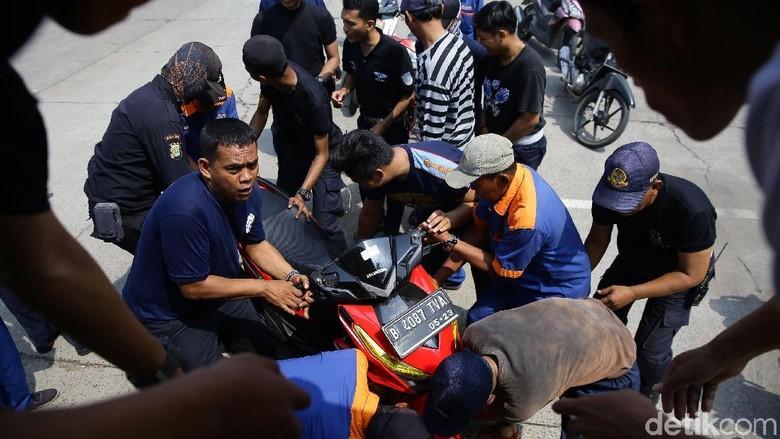 Ratusan Sepeda Motor Mudik ke Kampung Halaman