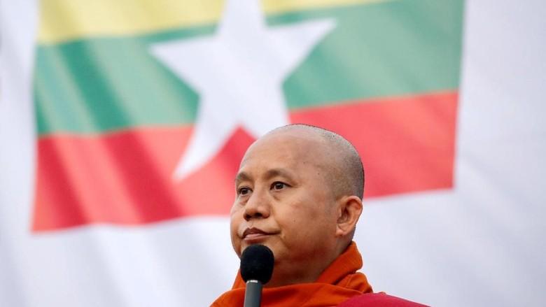 Myanmar Keluarkan Perintah Penangkapan Biksu Radikal Wirathu