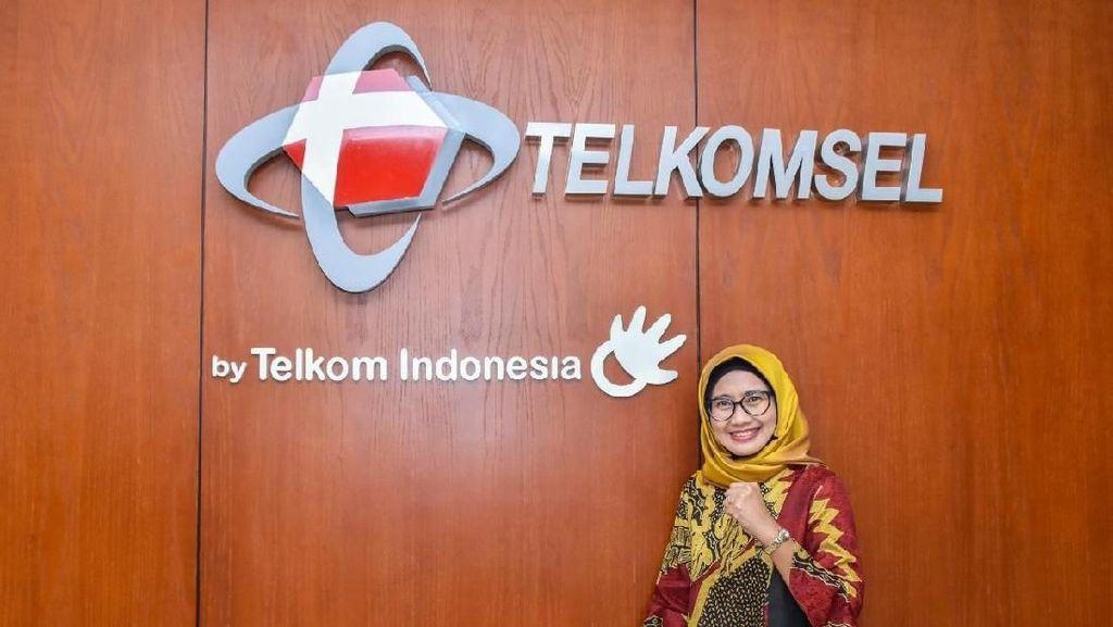 Merapat ke Kantor Erick Thohir, Bos Telkomsel Irit Bicara