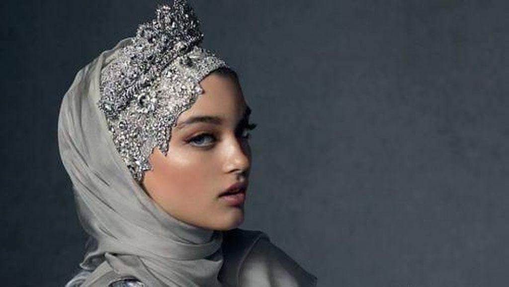 Hijab Termahal di Dunia, Harganya Mencapai 15 Juta!