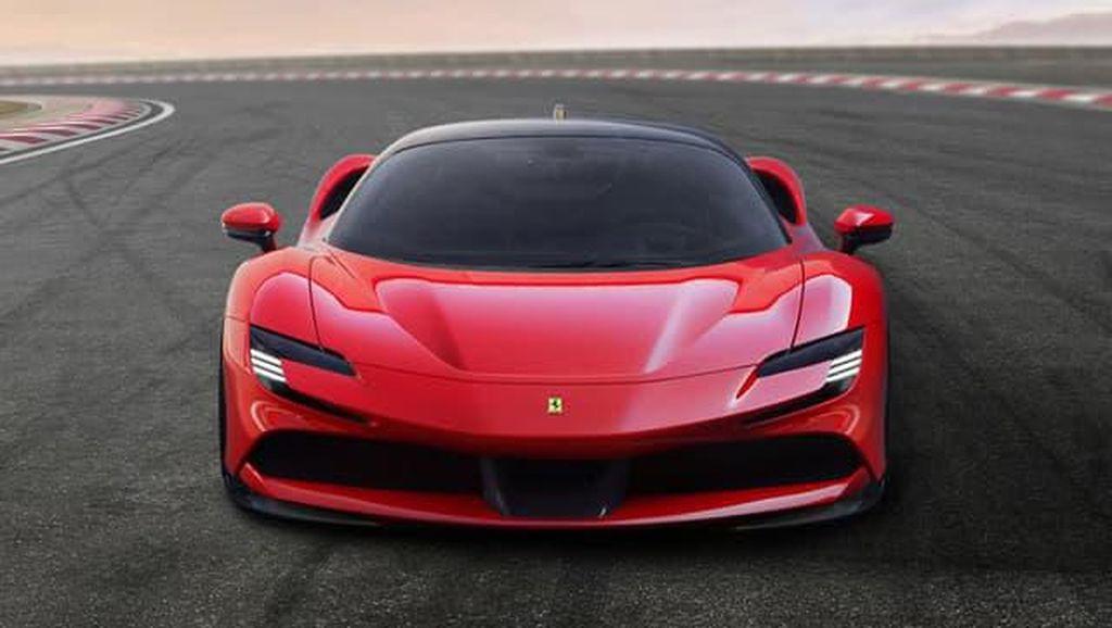 Imbas Corona, Pengiriman Mobil Hybrid Pertama Ferrari Ditunda
