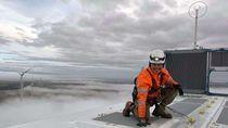 Berpuasa Saat Bekerja di Ketinggian Turbin Angin di Australia
