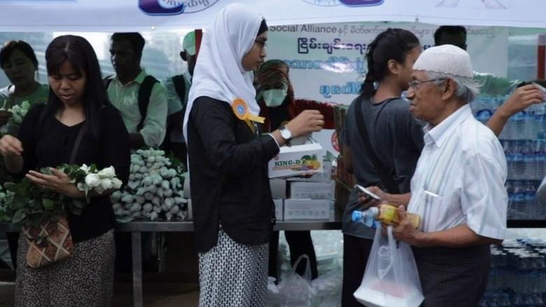Muslim di Myanmar Dilarang Tarawih, Warga Buddha Tunjukkan Solidaritas
