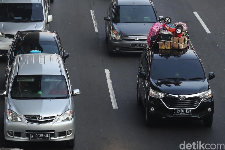 Mobil berkonde. Foto: Agung Pambudhy