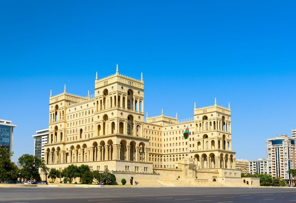 Bangunan-bangunan di Baku, memiliki arsitektur campuran antara Asia dan Eropa (iStock)