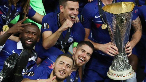 Eden Hazard meninggalkan Chelsea usai jadi juara Liga Europa.