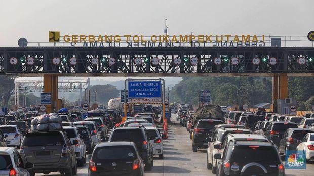 One Way Balik Berlaku Hari Ini, Keluar Jakarta Masih Macet
