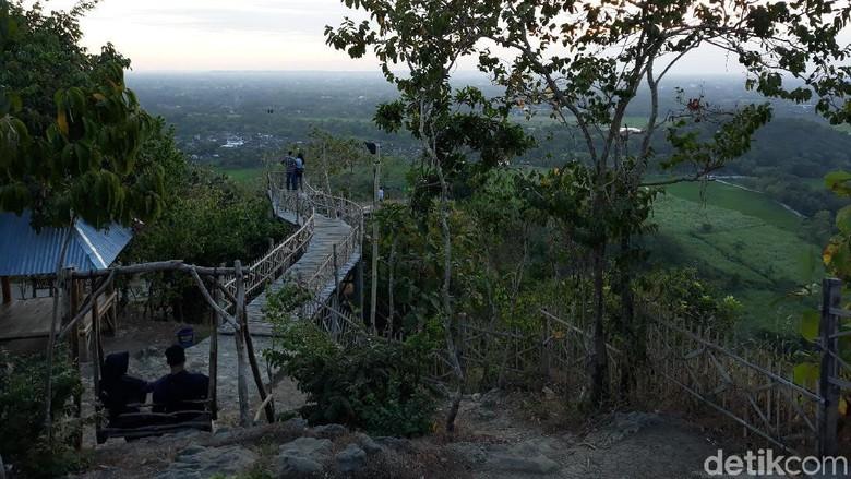 Objek wisata Puncak Sosok yang tengah naik daun di Bantul (Pradito Rida Pertana/detikcom)