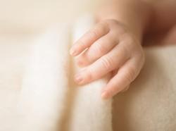 Lahir dengan Kondisi Langka, Bayi di India Memilik Tiga Kepala