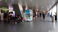 Suasana di Bandara Husein Sastranegara yang sepi