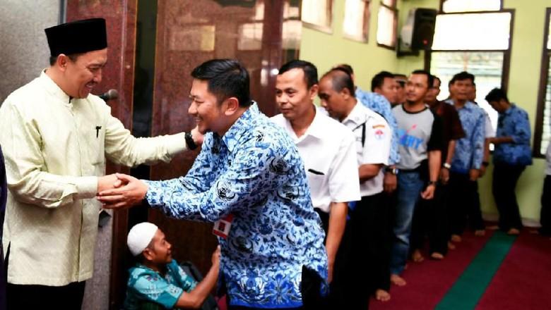 Usai Salat Jumat, Menpora Gelar Silaturahmi dengan Karyawan Kemenpora