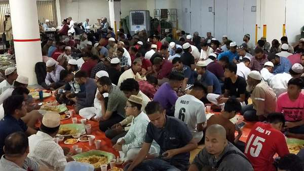 Masjid Pelayan Umat di Singapura
