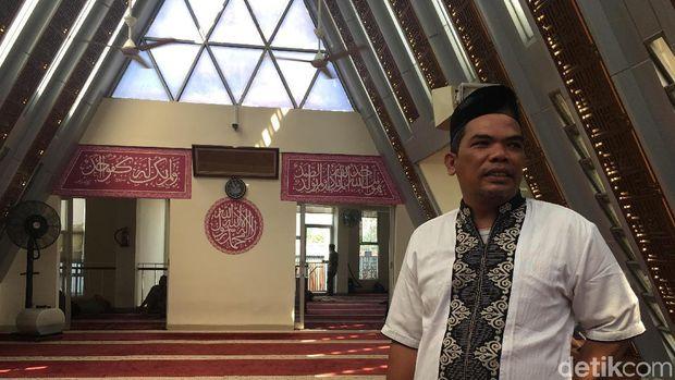 Pengurus Masjid Jami'e Darussalam, Burhanudin Iqrom /