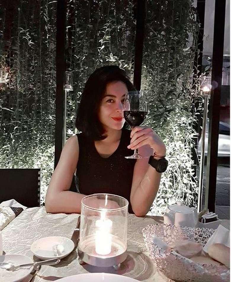Usai berpisah dengan cucu Soeharto, Danny Bimo Hendro Utomo kini Lulu Tobing dikabarkan dekat dengan pebisnis pelayaran Indonesia bernama Bani M Mulia. Foto: Instagram lutob