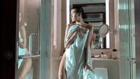 Alicia Amin, seorang model asal Malaysia dibully akibat tampil sangat seksi di bulan Ramadhan. Seperti apa penampilannya di dunia maya? Foto: Dok. Instagram/hangriii