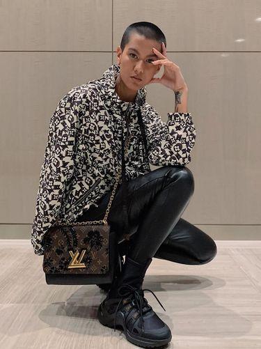 Model Malaysia Dihujat karena Pamer Foto Hanya Pakai Handuk Saat Puasa