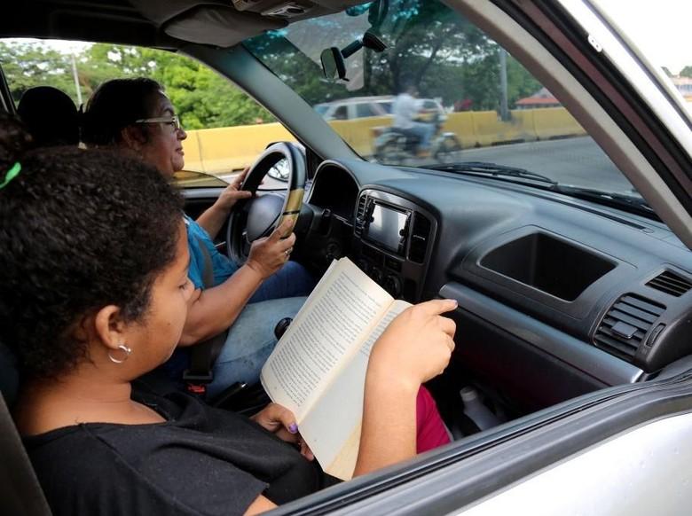 Isi Perjalanan Mudik dengan Baca 6 Buku Rekomendasi detikHOT  Foto: Getty Images