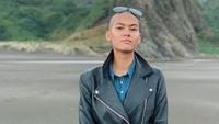 Model berusia 24 tahun itupun membalas beberapa komentar yang mengingatkannya soal norma agama.Dok. Instagram/hangriii