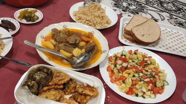 Makanan Buka Puasa Segala Bangsa di Swedia
