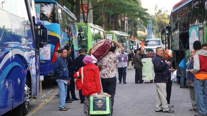 Mudik bersama. Foto: Dokumentasi Biro Komunikasi dan Pelayanan Masyarakat Kemenkes R