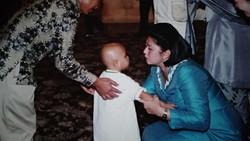 Momen Indah Kedekatan Ani Yudhoyono dengan Para Pengidap Kanker Anak