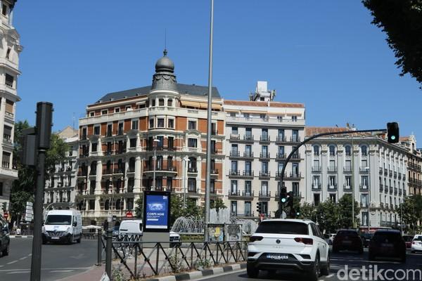 Madrid masuk dalam jajaran kota dengan gaya hidup sehat karena banyak kegiatan outdoor yang dapat dilakukan masyarakat. Dengan jam kerja yang cukup, masyarakat juga punya waktu lebih banyak untuk merawat kesehatan tubuhnya. Foto: Dadan Kuswaraharja