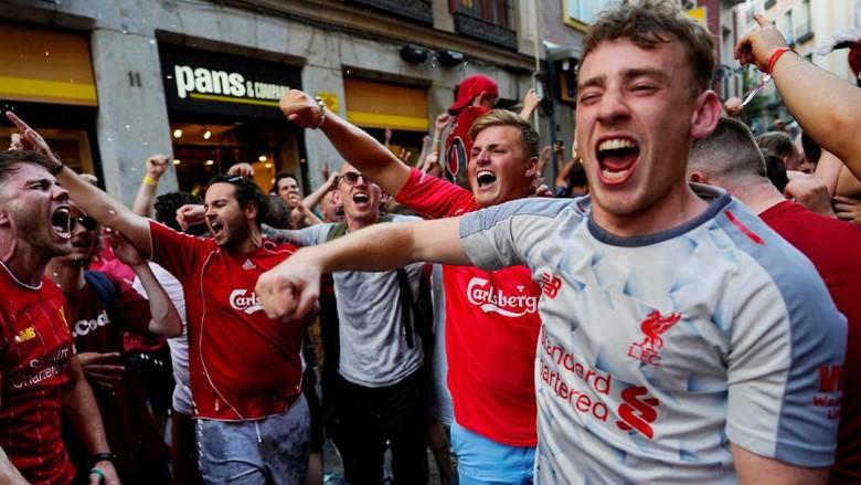 Ilustrasi fans Liverpool di Madrid (Juan Medina/)