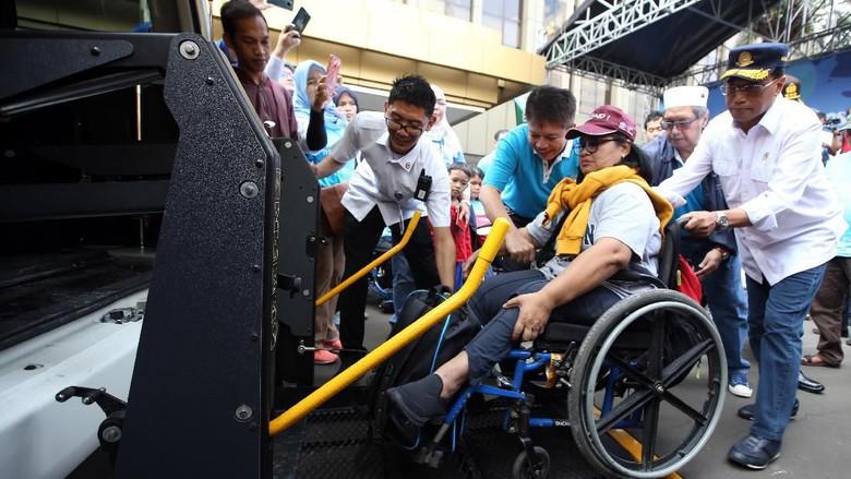 Menhub Lepas Pemudik Disabilitas