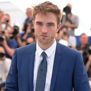 Robert Pattinson Pria Paling Tampan Menurut Hitungan Matematika