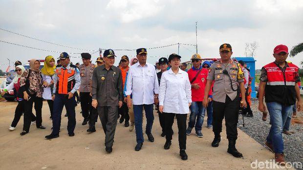 Menhub Budi Karya, Menko PMK Puan Maharani, dan Menkes Nila F Moeloek di Lampung.