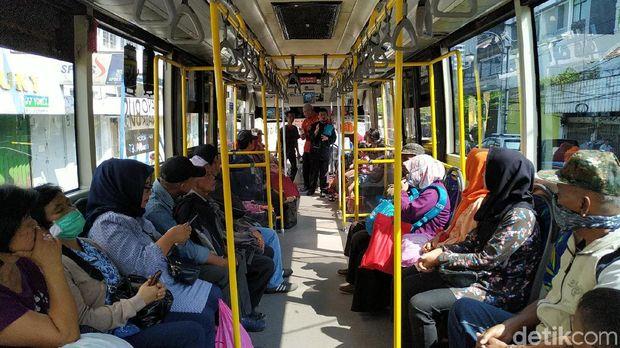 Saleh Muslim, 20 Tahun Dakwah dalam Bus Kota Tanpa Pamrih