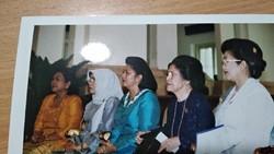 Ani Yudhoyono meninggal setelah bergelut dengan kanker darah. Semasa hidup, ia memiliki kedekatan tersendiri dengan anak-anak pengidap kanker.