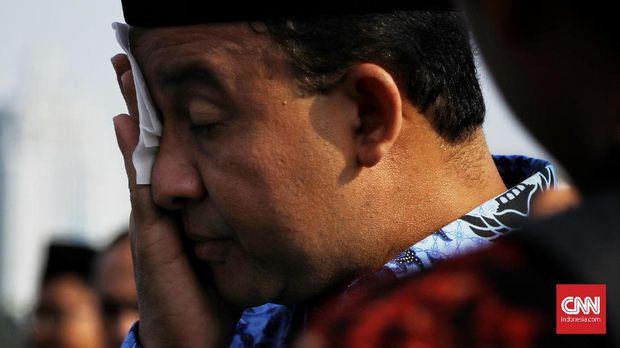 Gubernur DKI Anies Baswedan berdalih penerbitan IMB pulau reklamasi didasarkan oleh pergub zaman Ahok.