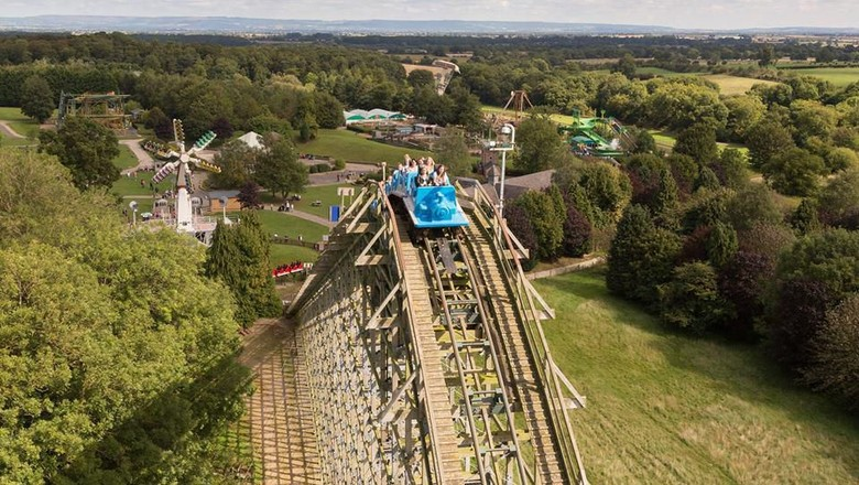 Roller Coaster di Lightwater Valley (Facebook/Lightwater Valley)