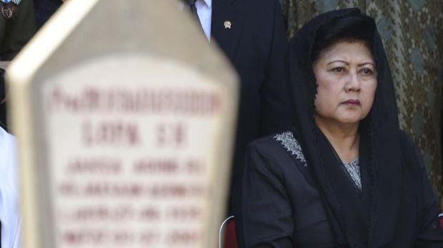 Mendiang Ani Yudhoyono, meninggal di RS di Singapura pada 8 Juni.