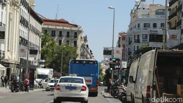 Suasana kota Madrid