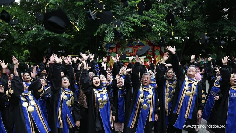 Anita Tanjung Minta Lulusan SMA CT Arsa Jadi Agen Perubahan Bangsa