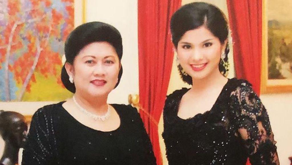 Ingat Sosok Ani Yudhoyono, Annisa Pohan Unggah Foto Bunga Flamboyan
