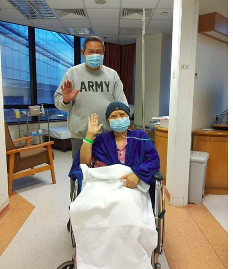 Ani Yudhoyono tutup usia usai berjuang melawan kanker darah dan mengembuskan napas terakhir di National University Hospital (NUH), Singapura pukul 11.50 waktu Singapura. (Instagram/aniyudhoyono)