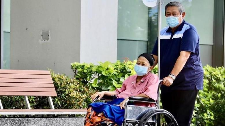 Hercules Pembawa Jenazah Ani Yudhoyono Diterbangkan ke Singapura Siang Ini