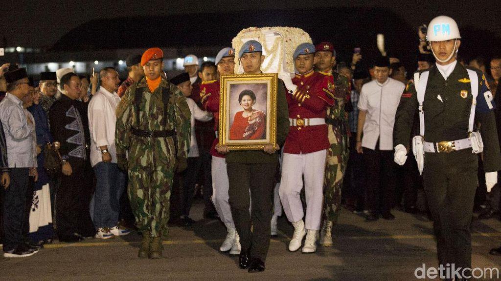 Sampai Maut Memisahkan, Romansa SBY dan Ani Yudhoyono Disebut Mirip Film Up