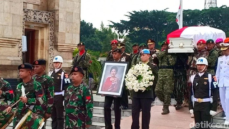 Kapolri Kenang Wibawa dan Karisma Ani Yudhoyono