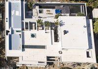 Mengintip Rumah Baru Rp 99 M Chris Hemsworth yang Picu Kontroversi