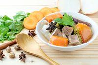 Resep olahan daging sapi berupa sup daging kacang merah.