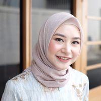 8 Gaya Hijab Simpel untuk Lebaran ala Dian Pelangi hingga Natasha Rizky